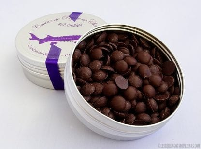 Boite aluminium caviar chocolat noir ouverte
